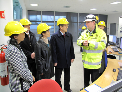 chinese embassy staff visit power plants - Power Plant Engineer
